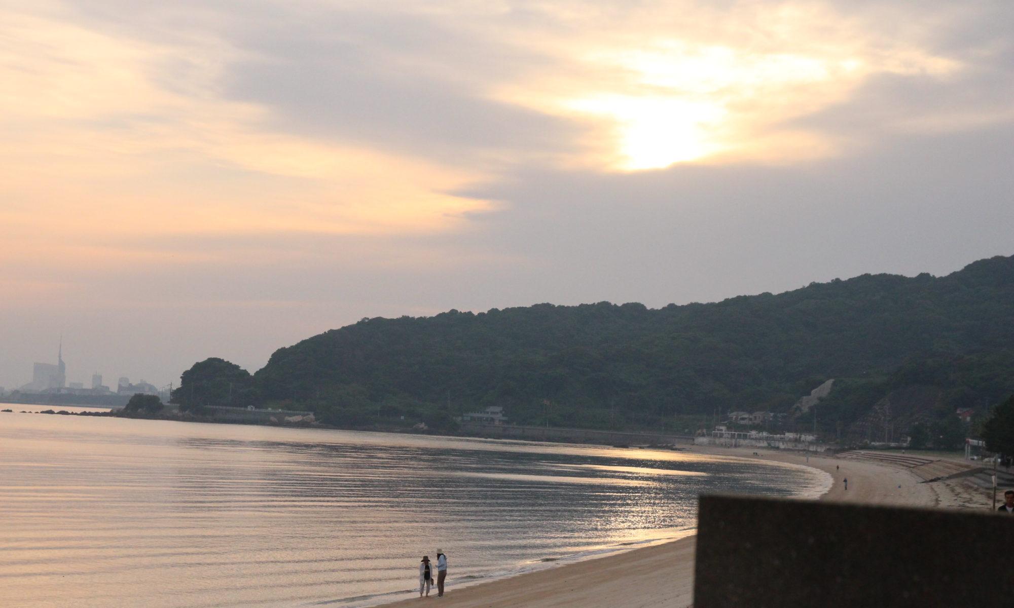 9月24日朝7時、宿からの海辺の写真